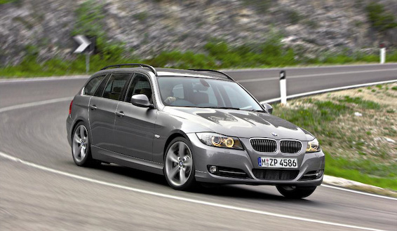 bmw s rie 3 et s rie 5 voiture familiale. Black Bedroom Furniture Sets. Home Design Ideas